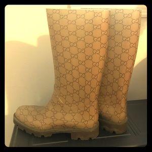 Gucci Edinburgh GG Rainboots